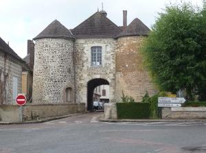 Evry Le Chatel St. Nicolaaspoort